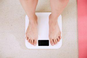 aumentar o bajar de peso repentinamente